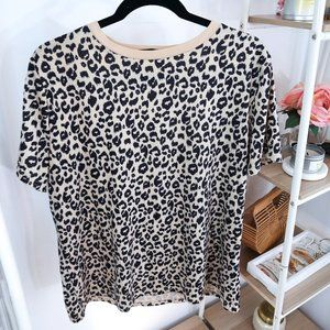 Tops - Leopard Print Short Sleeve Top